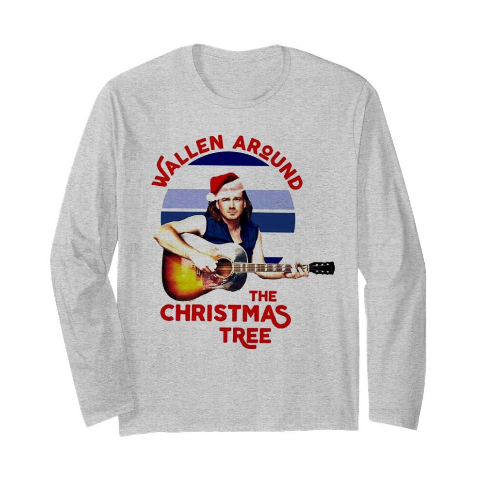 Wallen around the Christmas tree  Long Sleeved T-shirt