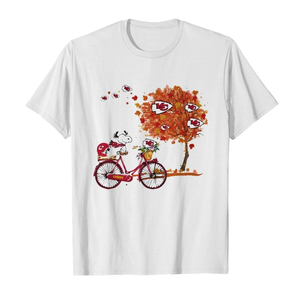 Maple Leaves Snoopy Riding Bike Logo Kansas City Chiefs  Classic Men's T-shirt